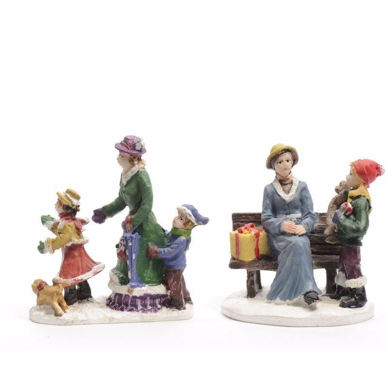 /feestartikelen/thema-feestartikelen/kerst-thema/kerst-dorpen/kerstdorp-figuurtjes